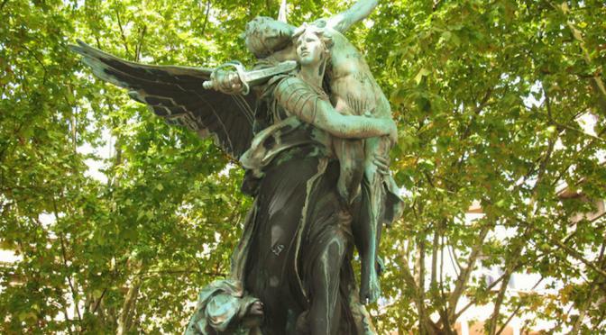 statues bordeaux